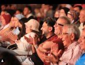 أشرف عبد الباقى يشكر شريف منير ومصطفى خاطر لمساندته فى مسرح الساحل