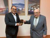مدير مكتبة الإسكندرية يستقبل رئيس معهد الشارقة للتراث