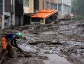ومازال البحث مستمر.. العثور على أحياء وجثث تحت الوحل فى انهيار أرضى باليابان