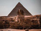 """""""عبد الله"""" يصور المعالم السياحية فى مصر بكاميرا الموبايل"""