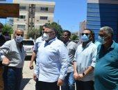 محافظ البحر الأحمر يوجه بإزالة سوق الباعة الجائلين بالغردقة.. صور