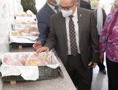 رئيس جامعة أسيوط: بدء تجهيز منفذ لبيع منتجات كلية الزراعة بأسعار مخفضة