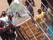مشهد يبكى القلوب.. وفاة عروس بالشرقية وتشييع جنازتها بطرحة الزفاف.. لايف