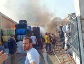 نشوب حريق فى مصنع منسوجات بالعاشر من رمضان بالشرقية.. صور