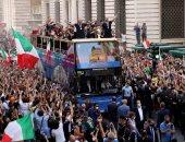 احتفالات صاخبة في روما مع منتخب إيطاليا الفائز بلقب يورو 2020