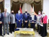 فودة يبحث ترتيبات إعلان جنوب سيناء أول محافظة حدودية خالية من الأمية خلال عام.. فيديو