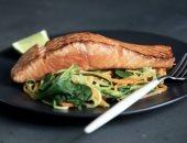 تقرير هيئة الصحة البريطانية يحذر من الإفراط فى تناول الأسماك الزيتية