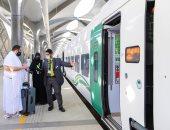 انطلاق أولى رحلات قطار الحرمين السريع من المدينة المنورة إلى مكة.. صور