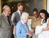 الأمير هارى وميجان ماركل يخططان لتعميد طفلتهما أمام الملكة إليزابيث