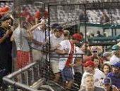 إطلاق نار خارج ملعب بيسبول في واشنطن يثير الذعر بين اللاعبين والمشجعين