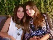 منى زكى تدعو لـ ياسمين عبد العزيز بعد خضوعها لعملية جراحية