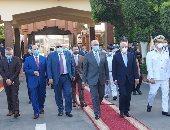 محافظ بورسعيد يزور قوات الأمن ويهنئ رجال الشرطة بعيد الأضحى المبارك.. صور