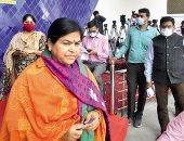 """الصورة بـ 100 روبية .. وزيرة هندية تضع شروطا خاصة لالتقاط """"سيلفى"""" معها"""