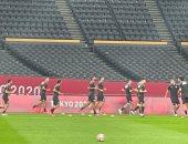 شاهد إحماءات المنتخب الأوليمبى قبل مباراة إسبانيا.. صور
