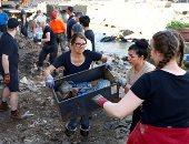 الجيش والشعب الألماني يتعاونان في إزالة أضرار الفيضانات.. ألبوم صور