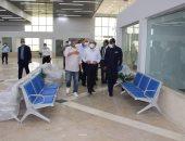 وزير الطيران يتفقد مطار العلمين للاطمئنان على استعدادات استقبال الرحلات الجوية