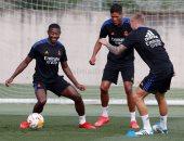 ألابا ينضم لتدريبات ريال مدريد الجماعية استعداد لموقعة دوري الأبطال