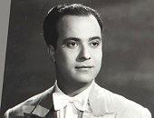 زعموا أن معه 80 راقصة.. ماذا فعل كارم محمود عندما وزع المتطرفون منشورات ضده؟