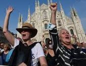 """الاحتجاجات تجتاح العالم ضد الإغلاق وقيود كورونا.. الشرطة الأسترالية تفرض الغرامات وتوجه اتهامات للمتظاهرين.. عشرات الآلاف فى فرنسا يرفضون استخدام """"شهادات اللقاح"""" لدخول الأماكن.. والإيطاليون يطالبون بـ""""الحرية"""""""