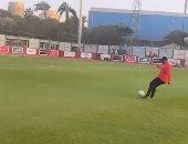 موسيمانى يسجل هدفا رائعا للأهلى من نصف الملعب فى عيد ميلاده.. فيديو