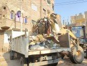 حملات نظافة ورفع المخلفات والقمامة وتركيب انترلوك وبلدورات بشوارع أسيوط
