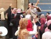 رقص على المزمار البلدى بدسوق احتفالا بانتهاء امتحانات الثانوية العامة للشعبة الأدبية