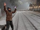 الثلوج تزين شوارع البرازيل فى تساقط نادر منذ 64 عاما.. فيديو وصور