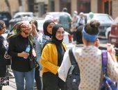 تعليم القليوبية: ضبط طالبة بالثانوية العامة بحوزتها كارت فيزا مزود بشريحة للغش