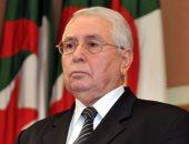 جثمان الرئيس الجزائرى السابق بن صالح يوارى الثرى بحضور تبون