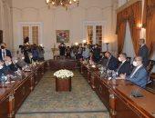 وزير خارجية الجزائر ينقل رسالة للرئيس السيسي..وشكرى يؤكد التشاور بين البلدين