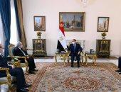 الرئيس السيسي لوزير خارجية الجزائر: موقف مصر ثابت بالتمسك بحقوقها التاريخية بمياه النيل