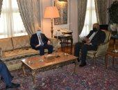 وزير الخارجية يبحث مع مستشار الرئيس الفلسطينى تطورات الأوضاع فى القدس