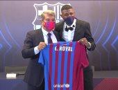 برشلونة يقدم الوافد الجديد إيمرسون للجماهير بحضور لابورتا.. فيديو وصور