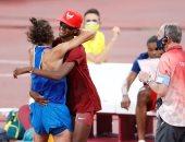 الصداقة أولاً.. معتز برشم يتقاسم الذهب مع تامبيري فى أولمبياد طوكيو.. صور
