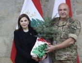 ماجدة الرومى تلتقى قائد الجيش اللبنانى فى ذكرى انفجار مرفأ بيروت