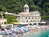 شواطئ الأحجار الكريمة.. متنزهات إيطاليا تبهر العالم بسحر الطبيعة..ألبوم صور