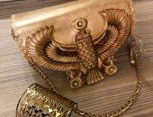 رندة تكسر الشكل التقليدى للمنتجات الجلدية بشنط وأحذية بلمحة فرعونية