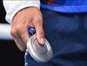 """طرائف طوكيو 2020.. ملاكم يرفض ارتداء ميداليته الفضية ويضعها فى جيبه """"صور وفيديو"""""""