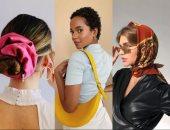 7 حيل لكسر ملل الملابس المحايدة.. إكسسوارات الشعر وحقائب اليد أبرزها