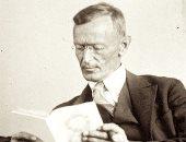 هرمان هيسة كاتب متمرد وفشل دراسيا وأول كتبه باعت 54 نسخة وحصل على نوبل