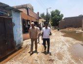 رئيس مدينة إدفو بأسوان: إنهاء مشكلة طفح الصرف الصحى بقرية العطوانى