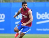 هل يلحق أجويرو بمباراة كلاسيكو برشلونة وريال مدريد؟