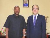 وزير الزراعة والبيئة والرى البوروندى يستقبل السفير المصرى فى بوجومبورا