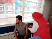 فرق طبية ثابتة لتطعيم العاملين بجامعة دمنهور ضد كورونا قبل بدء العام الدراسى