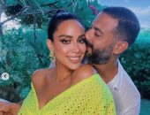 أنا محظوظ.. محمد فراج يغازل زوجته بسنت شوقى برسالة وصور رومانسية