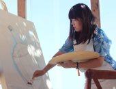 40 فنانا من 24 دولة يبدعون لوحاتهم على شاطئ البحر فى العلمين الجديدة