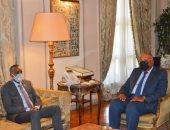 وزير الخارجية يبحث مع رئيس وزراء الصومال المستجدات على الساحة الإقليمية