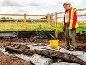 علماء أيرلنديون يعثرون على تمثال خشبى أثرى .. عمره أكثر من 1600 عام