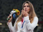 إنسانية بطلة بولندية.. باعت ميداليتها الأولمبية لإنقاذ رضيع (فيديو)