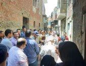 تسليم 425 أسرة من عزبة أبوقرن بمصر القديمة وحدات مفروشة بالسلام